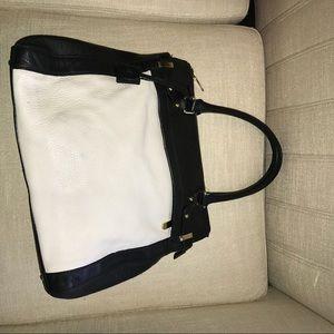 Beautiful Banana Republic handbag